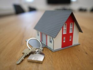 Read more about the article Guide to Renting Out Your Home As An Expat